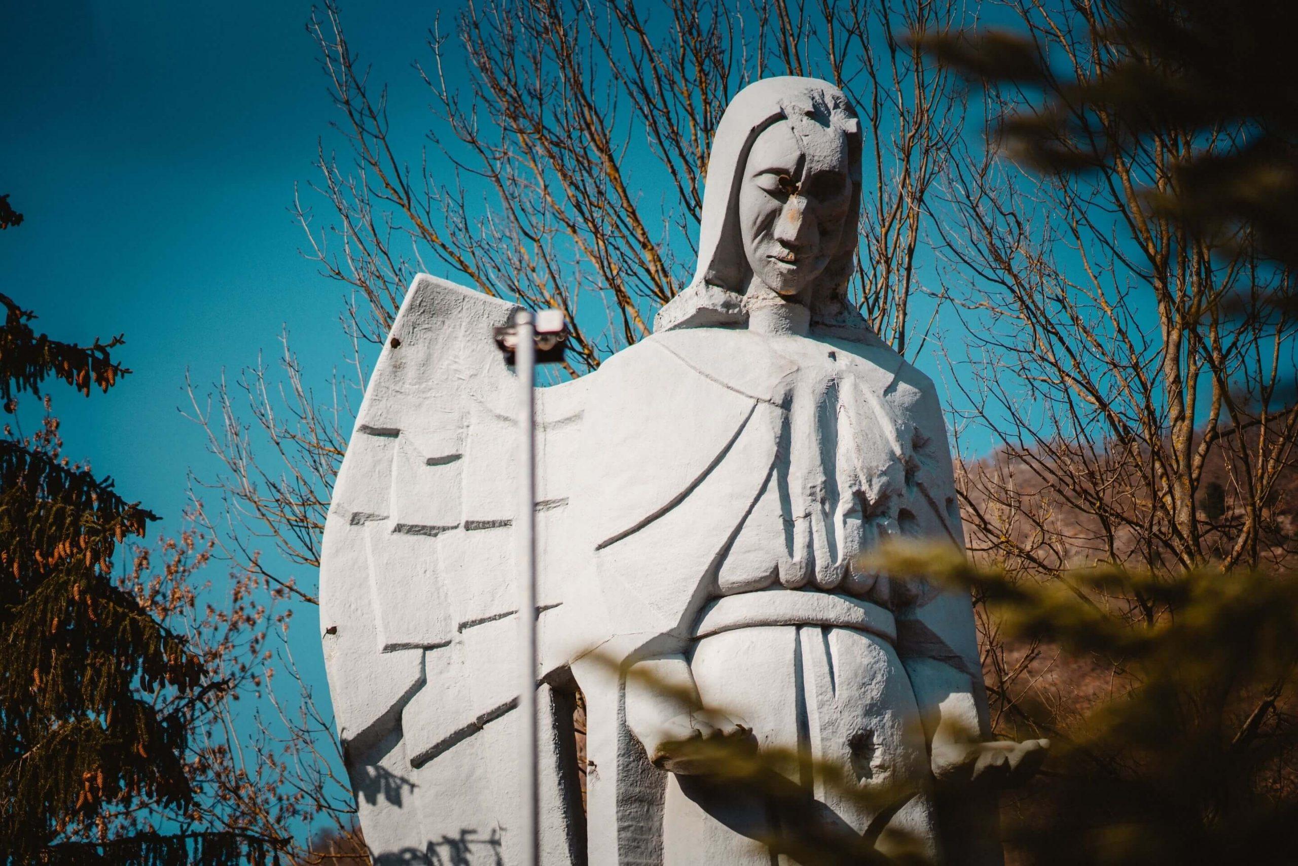 anjel v Háji