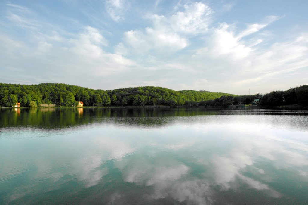 vinné jazero